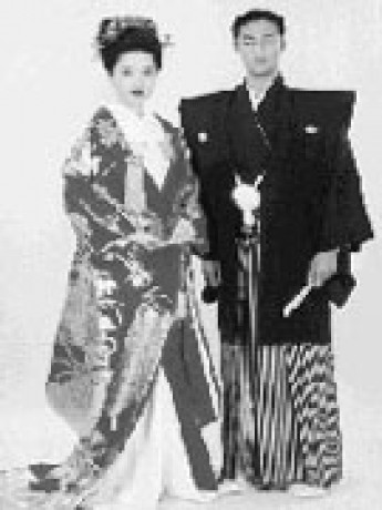 traditional-japanese-wedding-dress